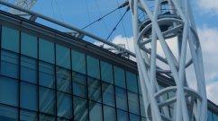 Wembley - Stadion mit einem Fassungsvermögen von 90'000 Plätzen. Kosten : 1,2 Milliarden Euro